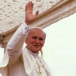 Une étreinte de feu – 179 / Jean-Paul II